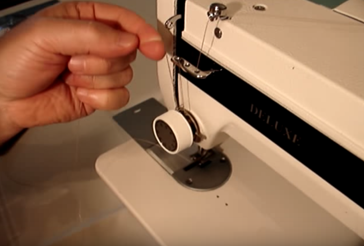 threading your tuffsew machine